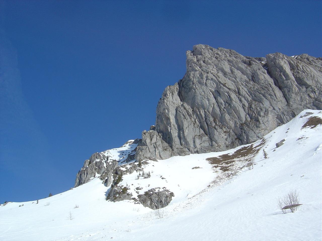 De beaux souvenirs de grimpe sur ce calcaire gris