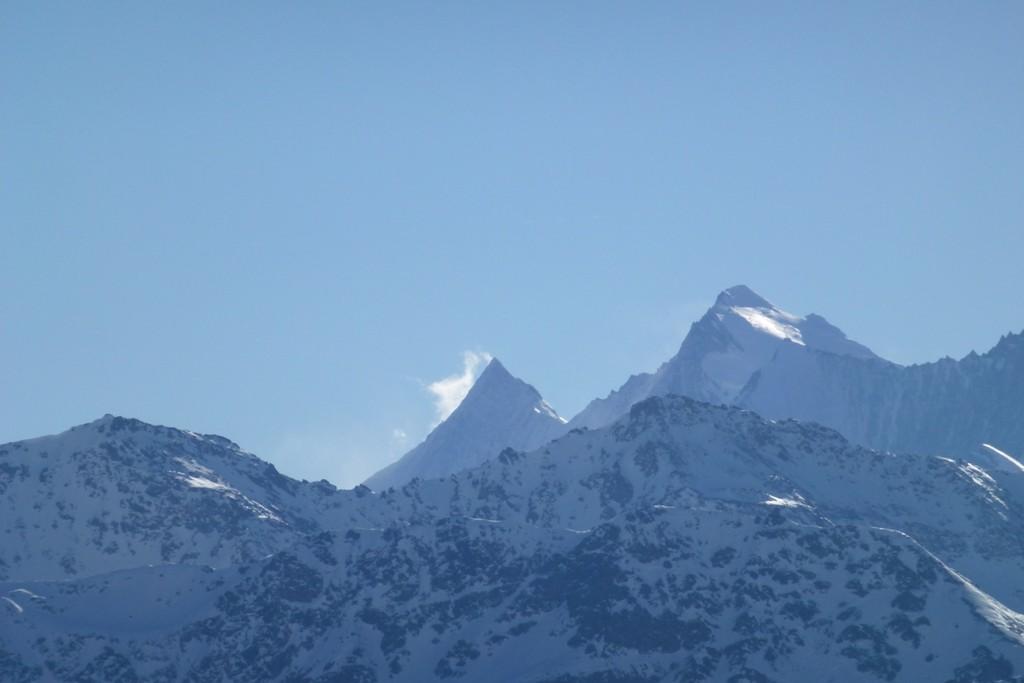 Nuvola su Taschhorn a fianco il Dom