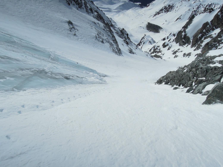 Petit Combin. Rive droite du glacier Pendant.