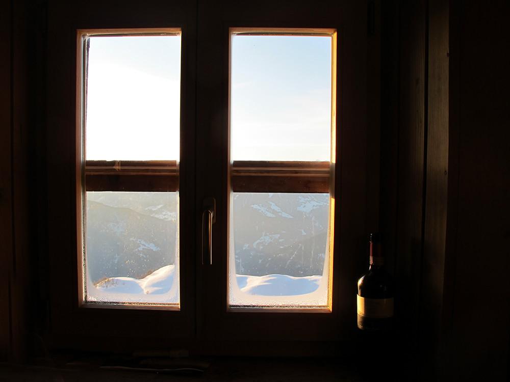 prime luci del sole alla Calandahütte...