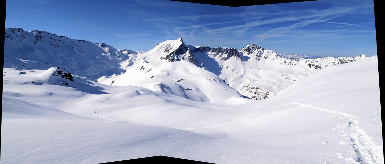 Panorama sud depuis les pentes sommitales