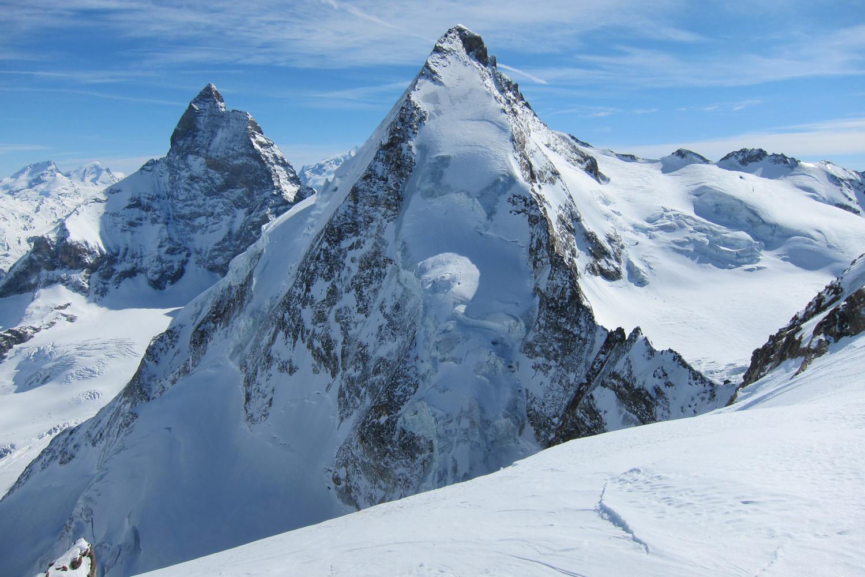 Vue sur la Dent d'Hérens et le Cervin depuis la Tête de Valpelline