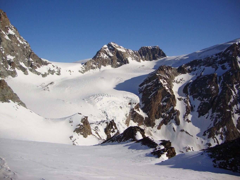 Haut 15.03.2012. Glacier de Tsa de Tsan, vu du col du Mt Brûlé
