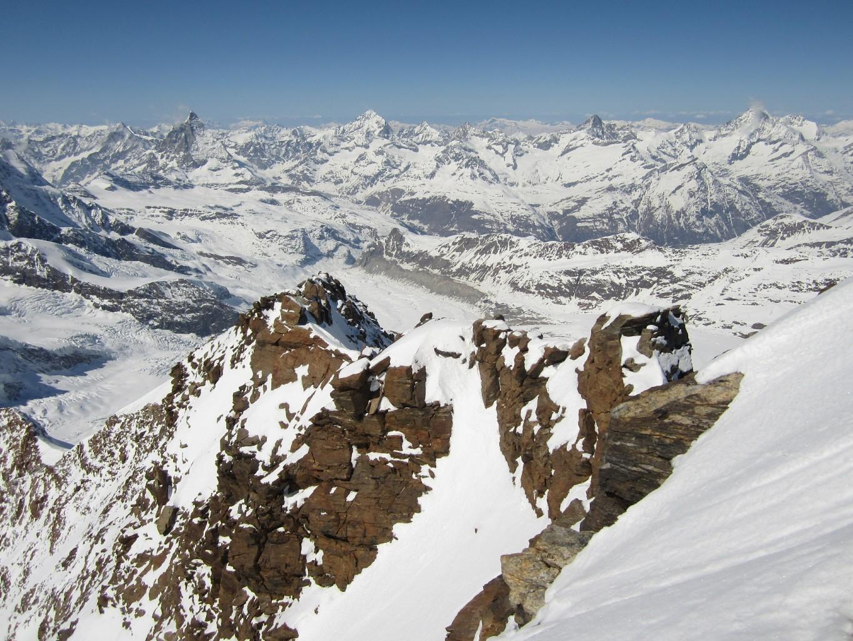 Dent d'Hérens 4171m, Matterhorn 4478m, Dent Blanche 4357m, Grand Cornier, Ober Gabelhorn 4063m, Trifthorn, Zinalrothorn 4221m, Weisshorn 4505m
