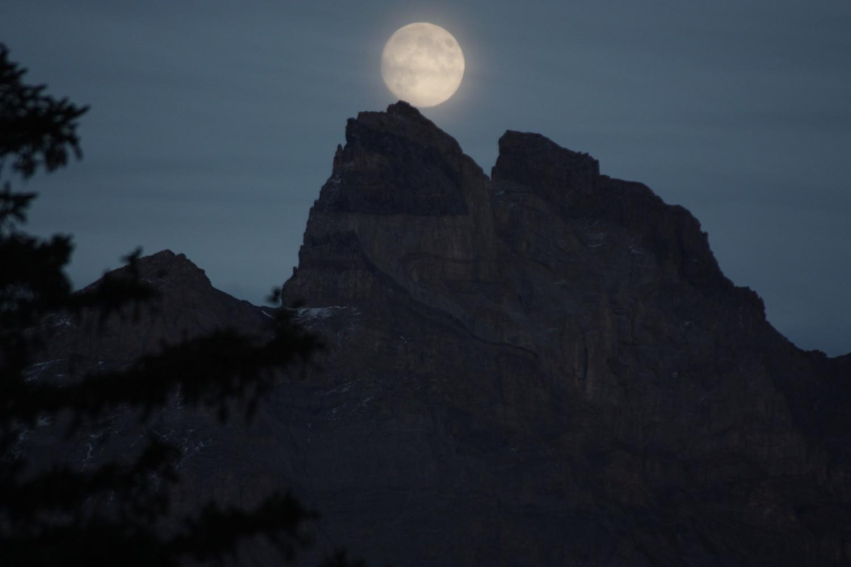 Lune la Petite dent de Morcle