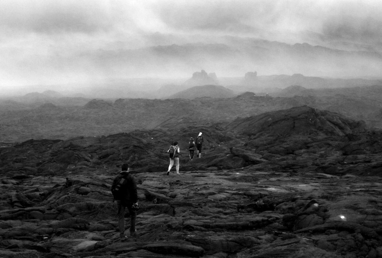 Brouillard dans le cratère du piton de la fournaise