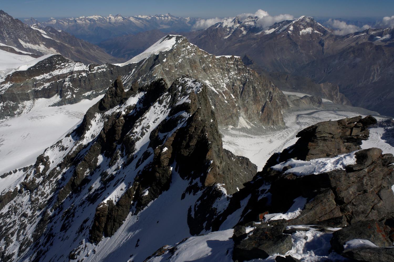 L'arête N depuis le sommet