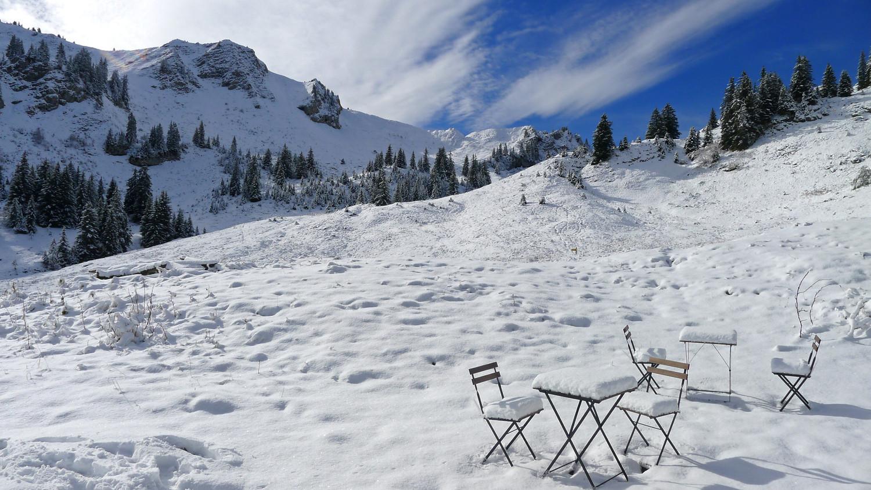 à table, la neige est servie !