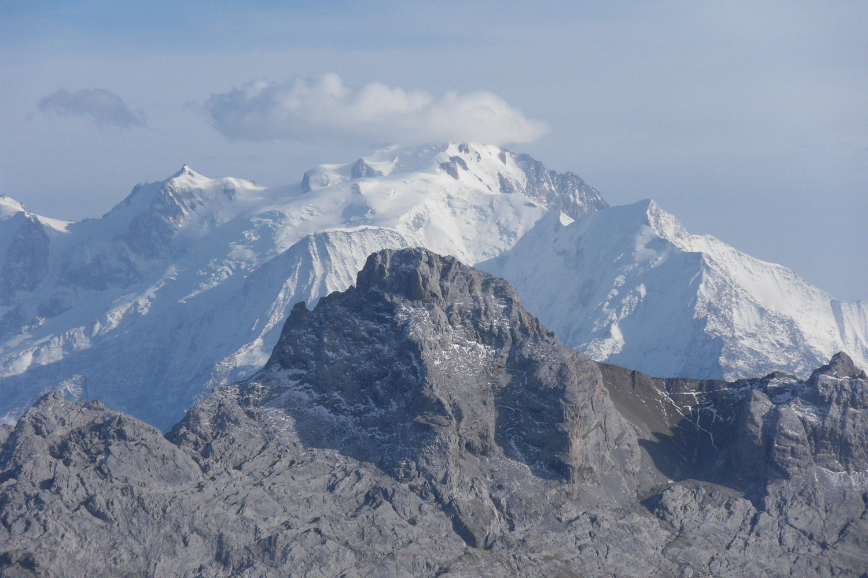 Pointe percée et Mont Blanc