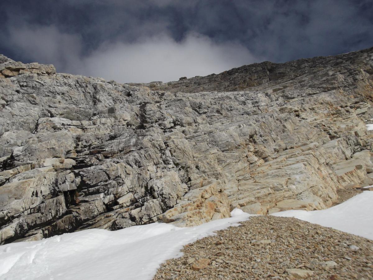 Le ressaut humide en dalle et vire marbreux - II - 45°