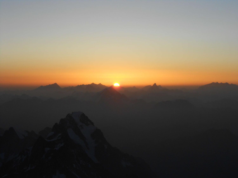Le soleil et les 4000 swissss
