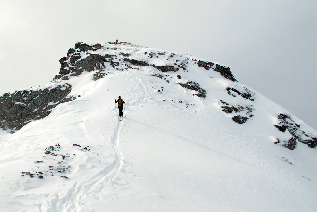 quota 2840 m (Furtschellas); la vetta (con innevamento scarso).