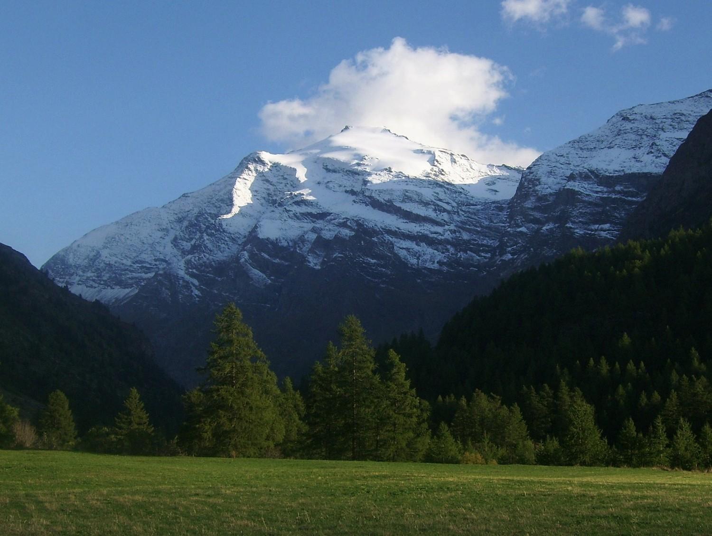 Le versant nord, vu depuis la Goulaz