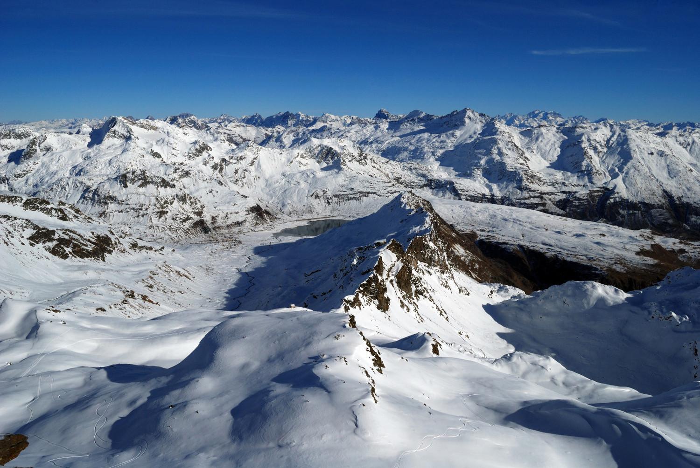 Dalla Cima Centrale di Val Loga 3004m vista verso E
