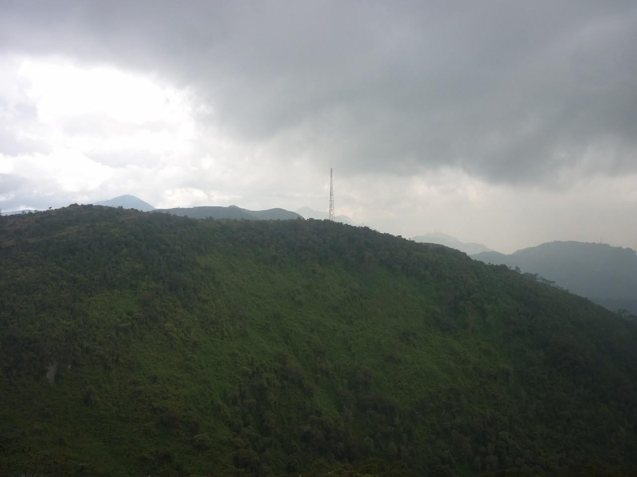 Grande antenne à rejoindre depuis las Moyas