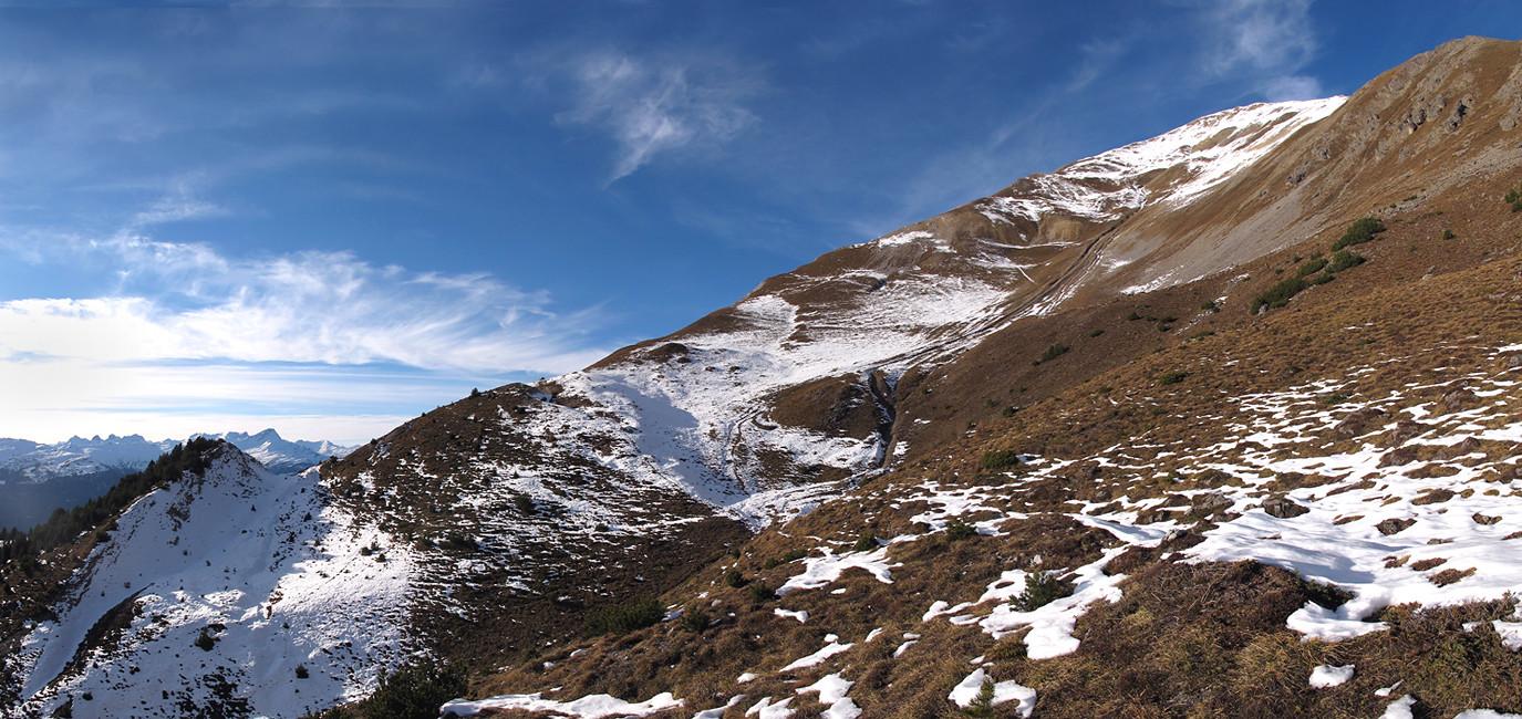 Piz Linard: la cresta SSW vista dai pressi della quota 2205 m
