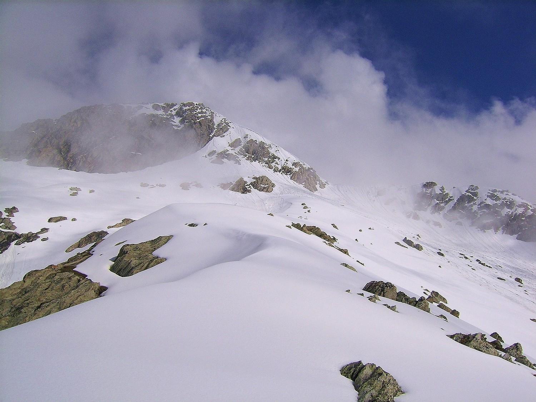 Beaucoup de neige sous le Grand Roc...