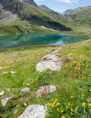 Lac Egorgéou. Credit photo : office de tourisme du Queyras
