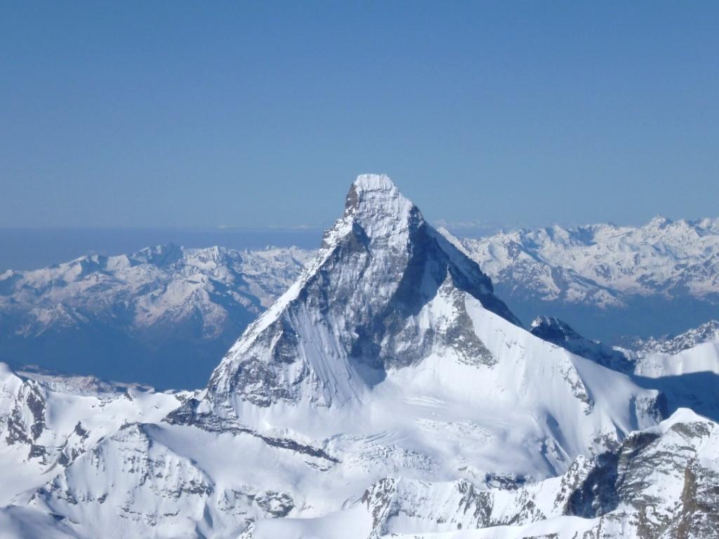 La plus belle montagne du monde apr s les dents du midi for Les plus belles maisons au monde