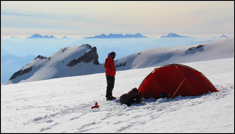 Le matin au bivouac, sur la glacier du Monêtier
