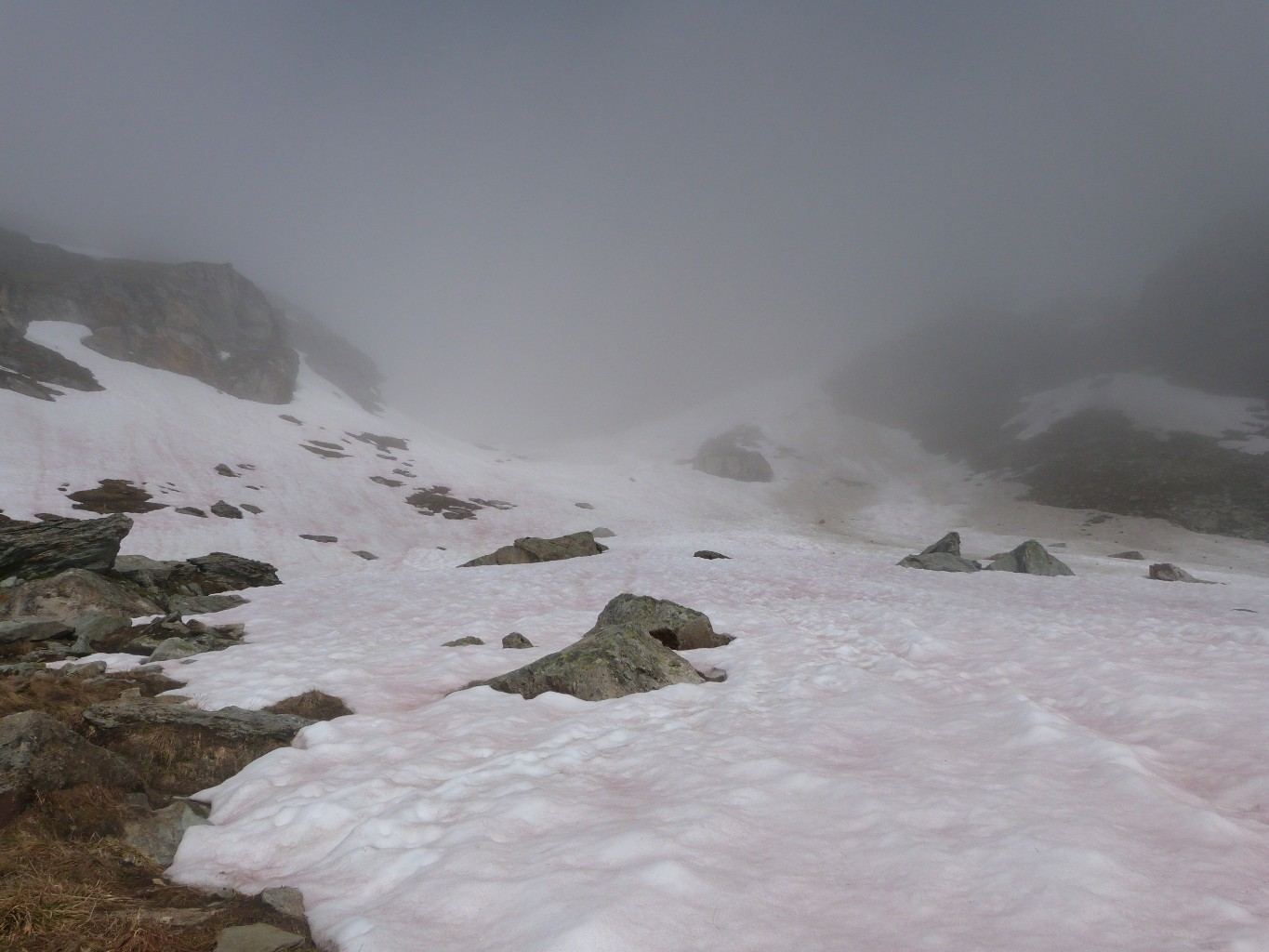 2500m, on chausse les crampons
