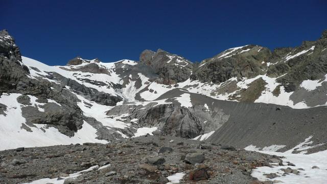 Pic du Rif, itinéraire vu du lac de l'Eychauda.
