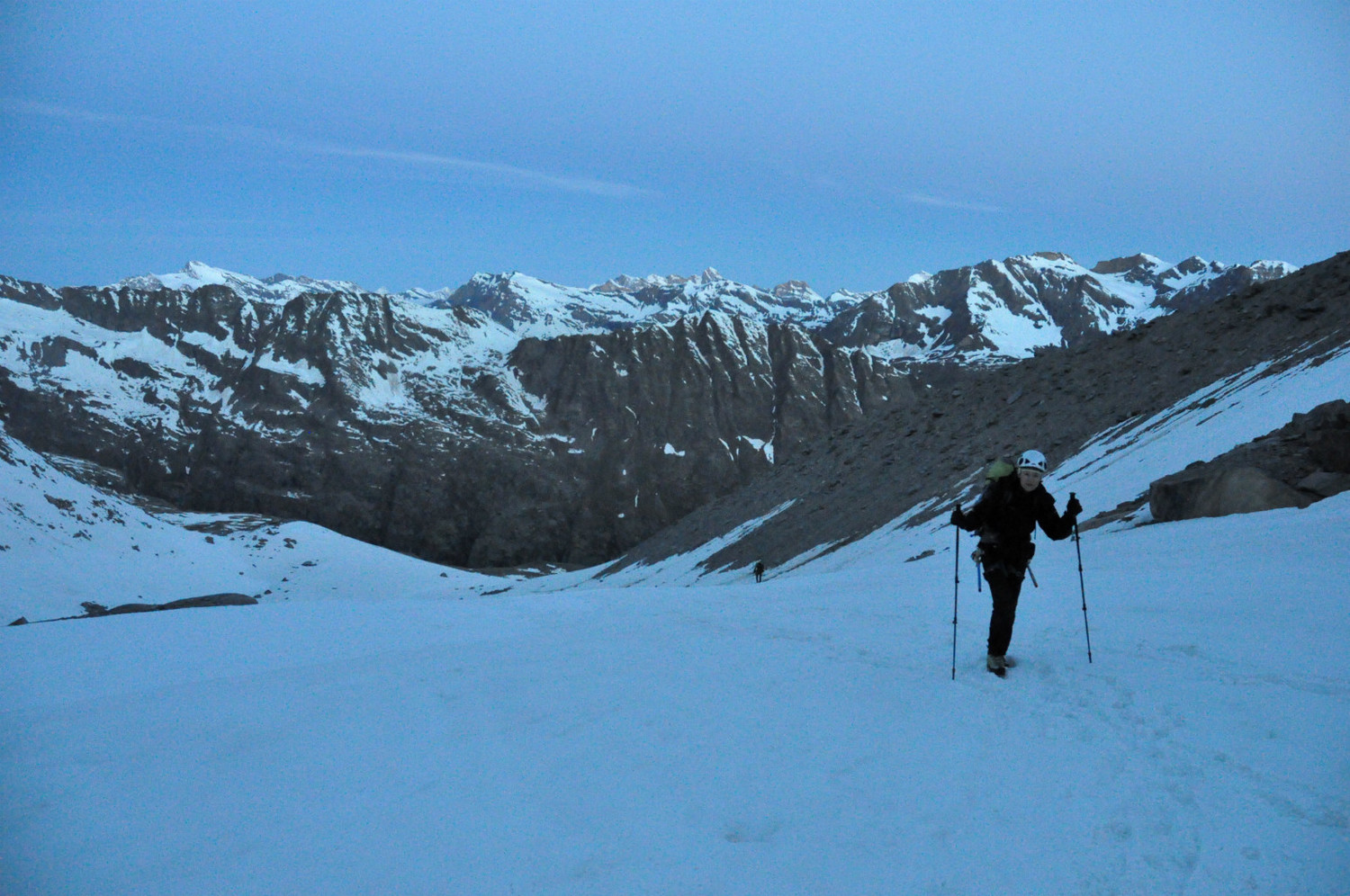 Gran Paradiso - Via normale : first snow slopes at the start of the Via normale