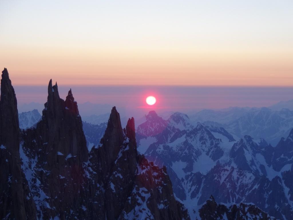 Mont Maudit: lever de soleil