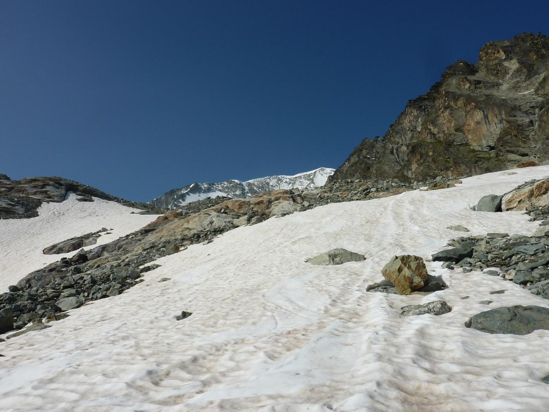2600m, chaussage des skis