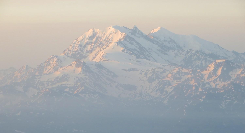 Brume matinale sur le groupe Fletschhorn-Lagginhorn-Weissmies
