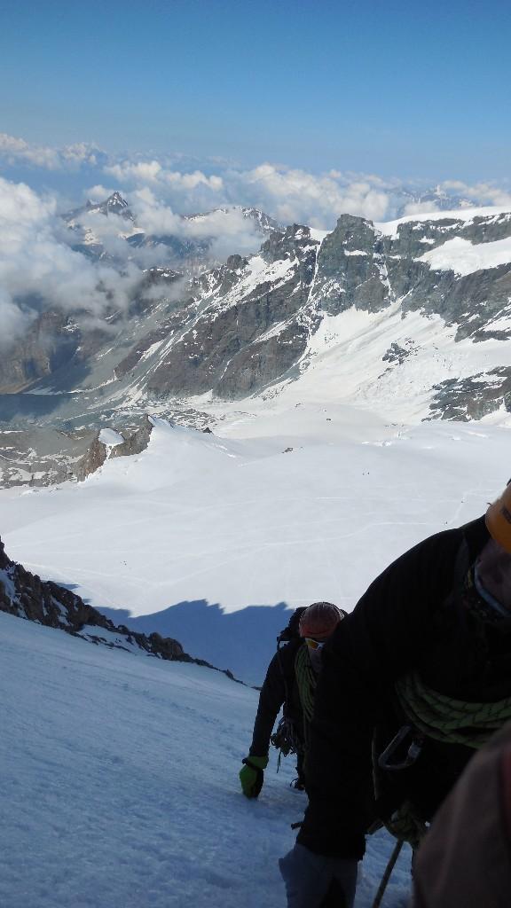 Du sommet, (au niveau de la viege à peu près) la descente au refuge d'Ayas.