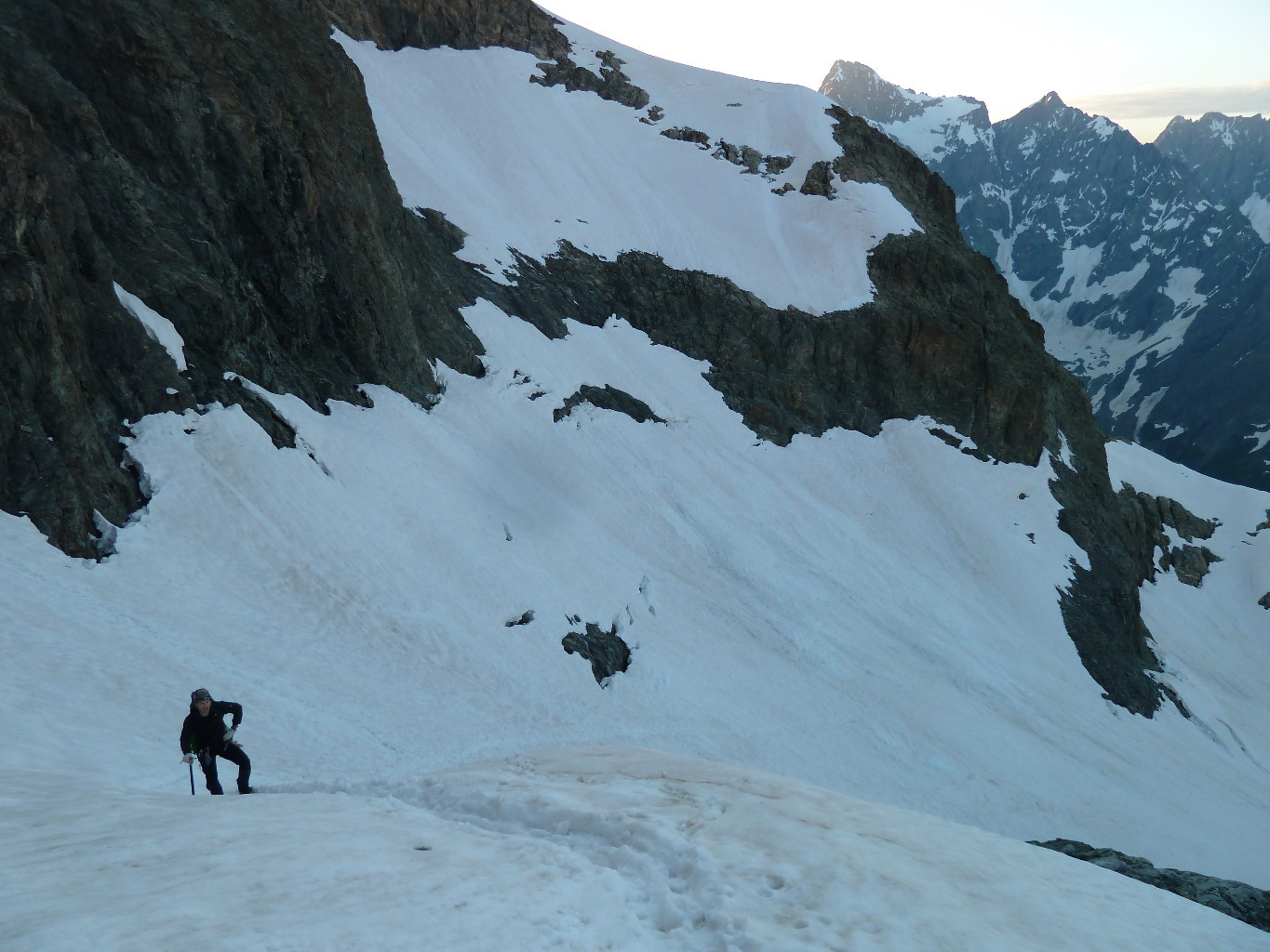 just above the left branche of the couloir