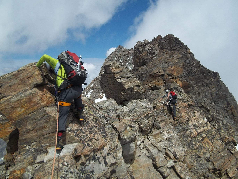 Vers le sommet central