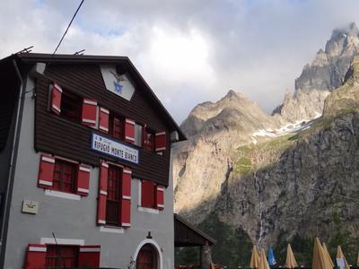 Refuge Mont Blanc (val Veny)