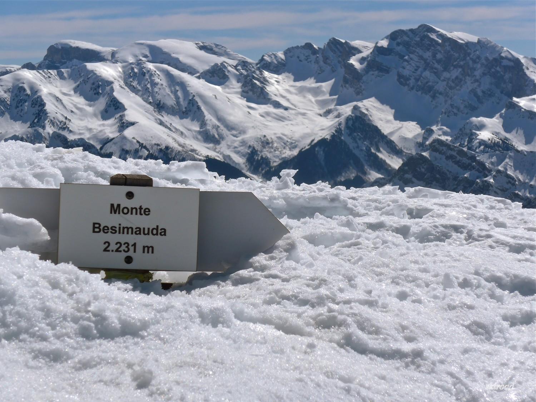 Vue sur les sommets coté Val Pesio de la Saline à Marguareis.