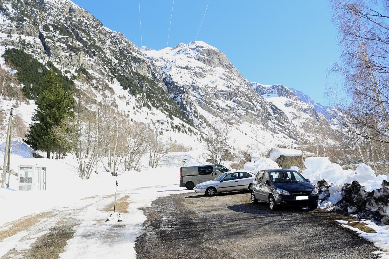 Retour skis aux pieds jusqu'à la voiture