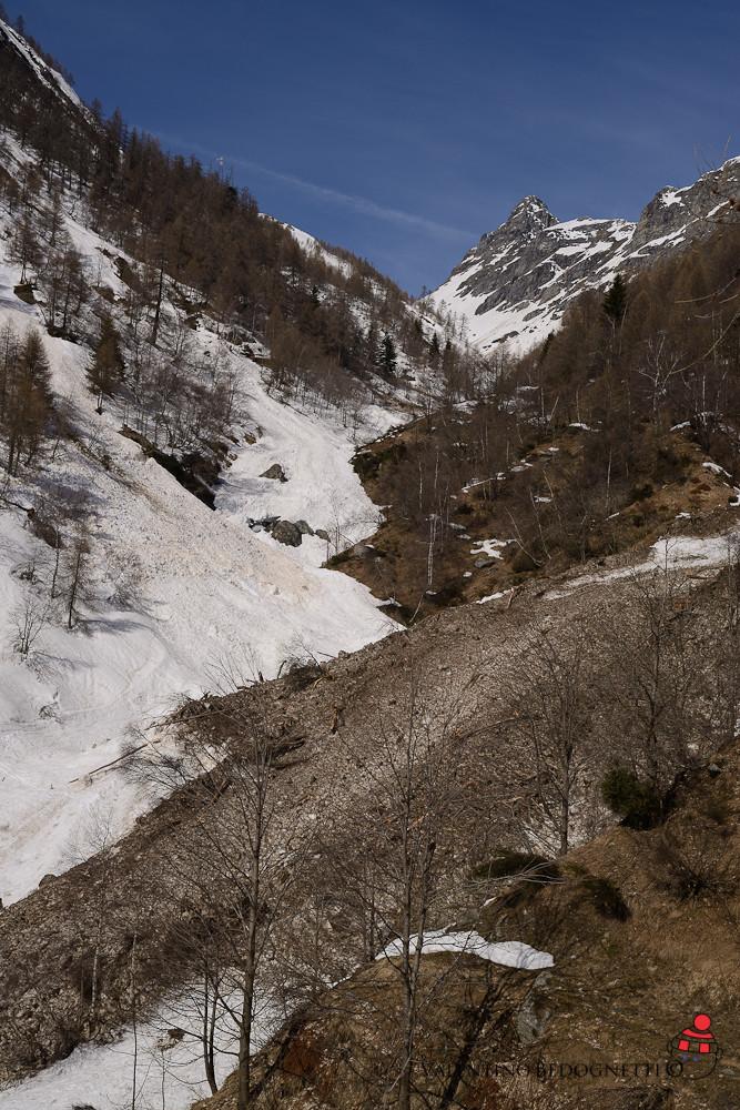 il potente valangozzo sceso dal Monte Mater