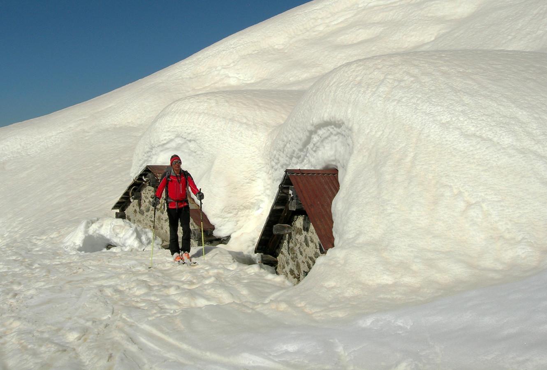 Canalone del Druet; ancora tanta neve all' Alpe del Druet...