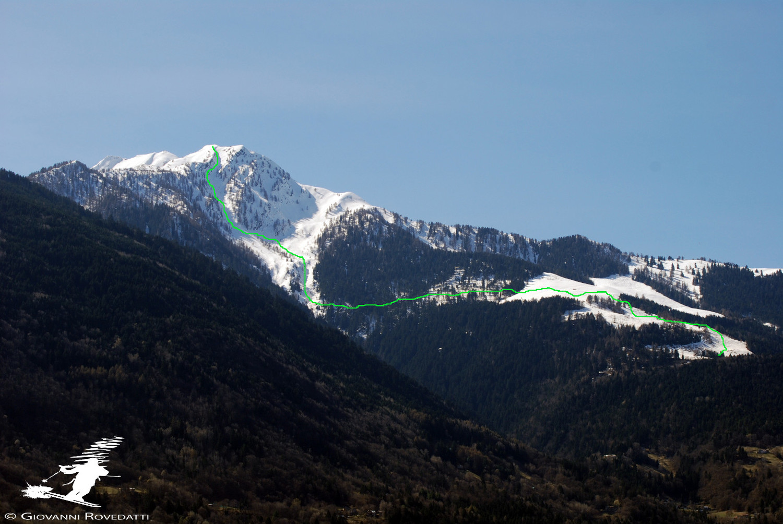 Discesa dal canalone N dal Pizzo dei Galli in Val Guta e arrivo all'Alpe Tagliata