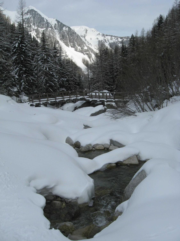 Fond du vallon: traversée du ruisseau