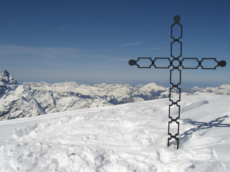 Croix au sommet