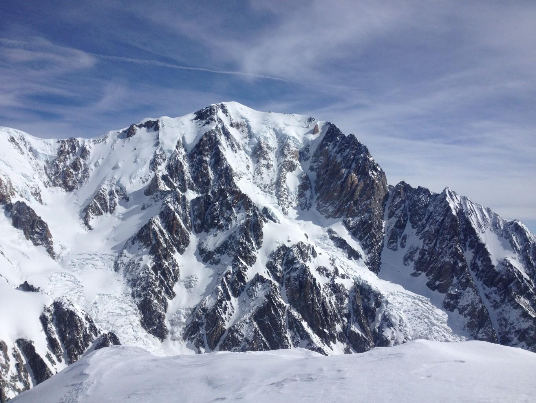 Vue du sommet sur les glaciers de Bionnassay et du Dôme
