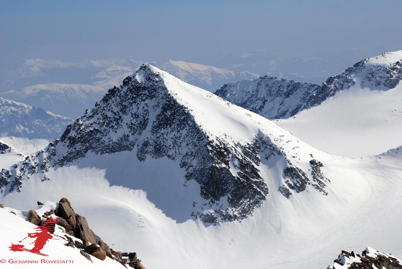 La Lobbia Alta 3196m dal Monte Venezia 3290m con il teleobiettivo