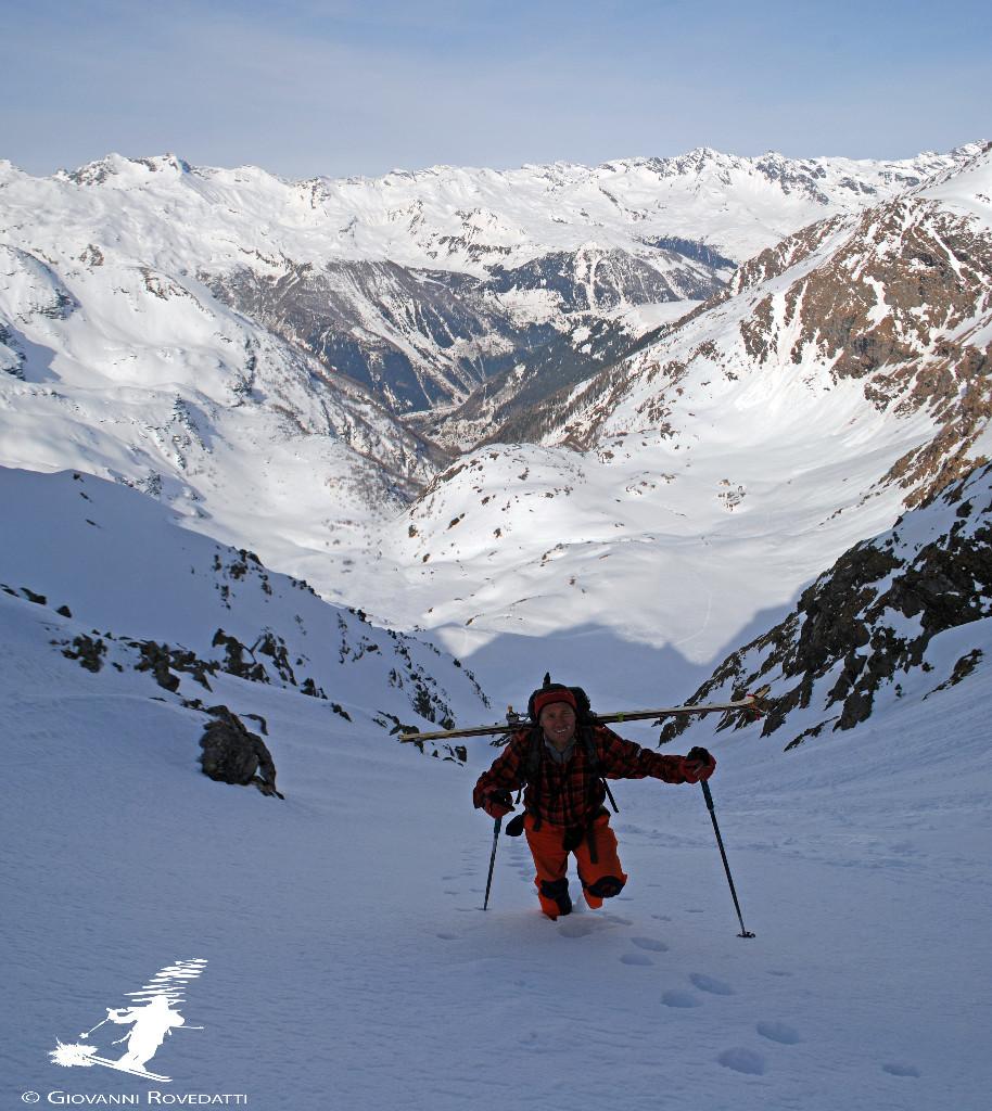 Versante Angeloga poco prima di giungere al Colle Brasca 2679m