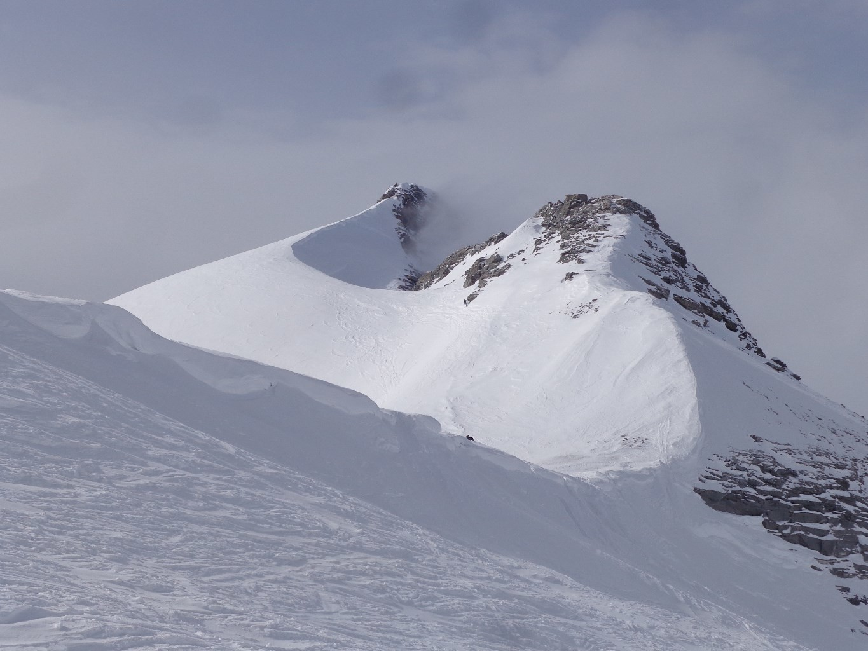 Arrivée au col, le sommet n'est plus très loin