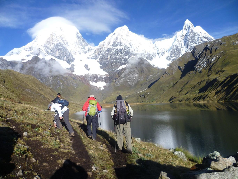 Cordillera Huayhuash trekking by Rodolfo Reyes Oropeza - Peruvian Mountains