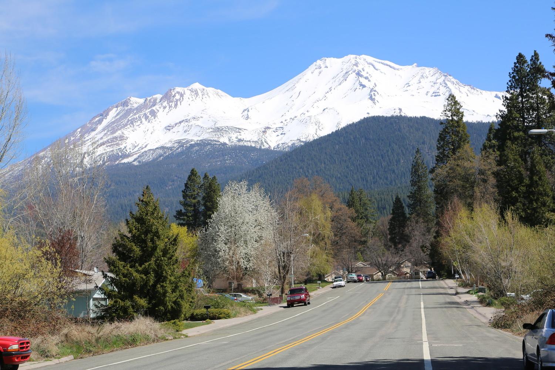 Mt Shasta depuis la ville du même nom.