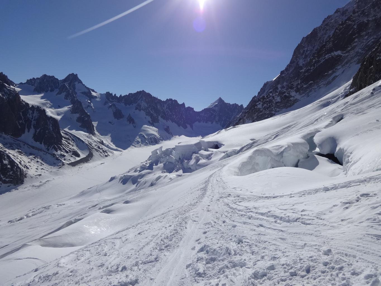 Début de la traversée du glacier des rognons
