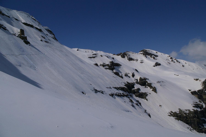 ... avant la traversée plus raide sur le glacier de Faravel