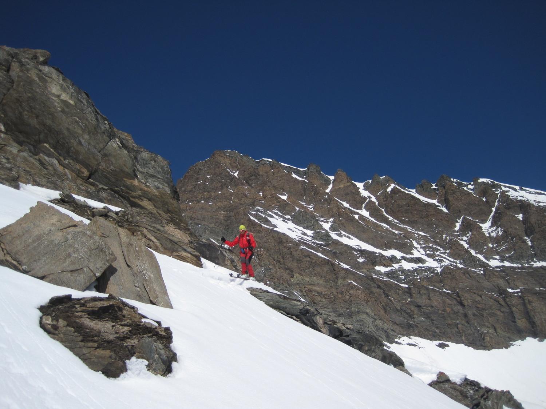 Inizio della discesa dal versante nordest dalla Cresta del Lauson